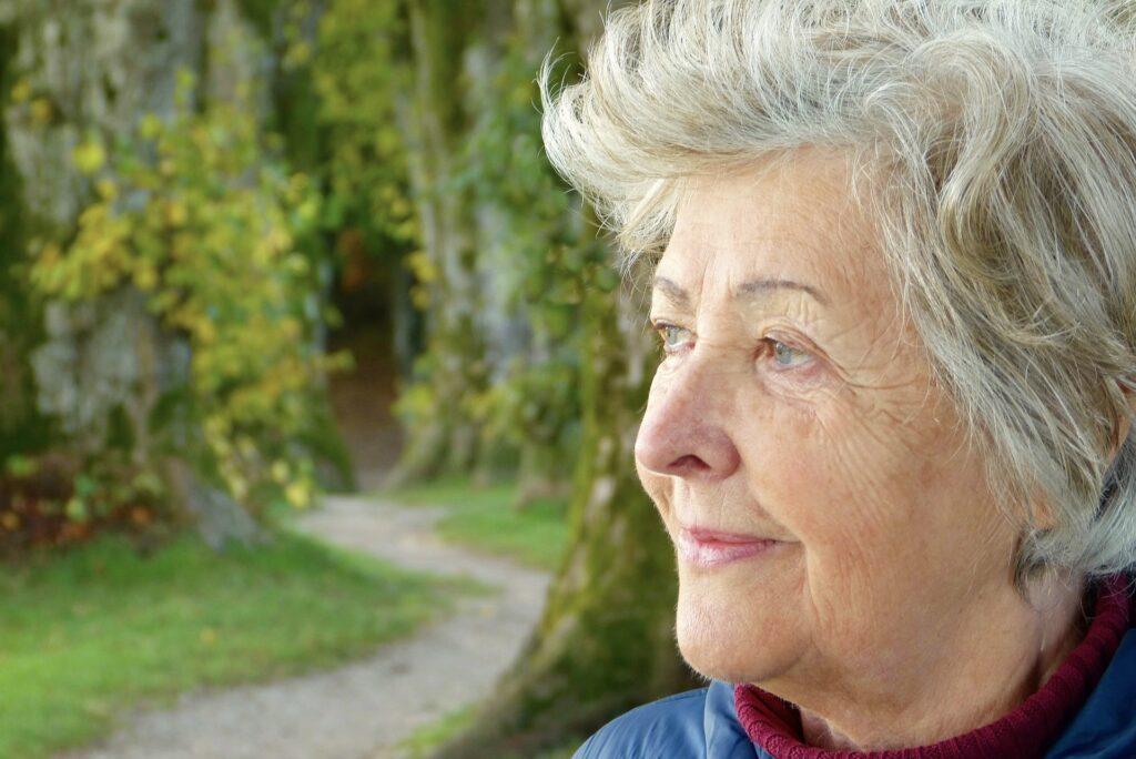 Woman 3186741 1920